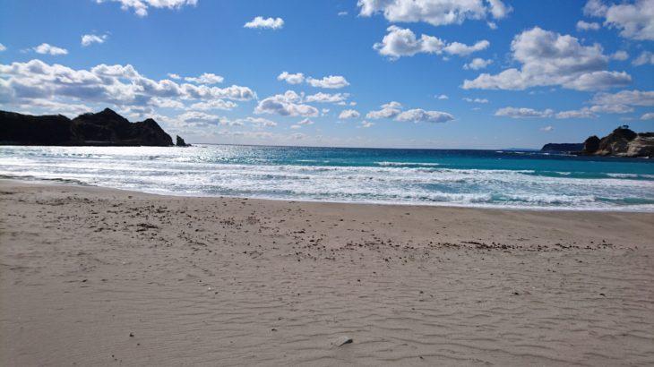 勝浦市 鵜原海水浴場は、透明度抜群の綺麗な海!