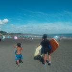 いすみ市 海水浴シーズンでも、シャワー無料!駐車場無料!波も穏やか、でも波乗りも楽しめる、子ども連れに優しい太東海水浴場!